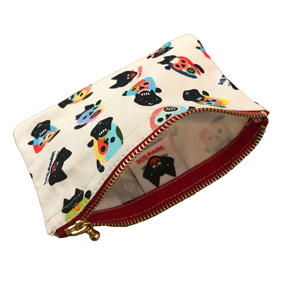 pouch 003